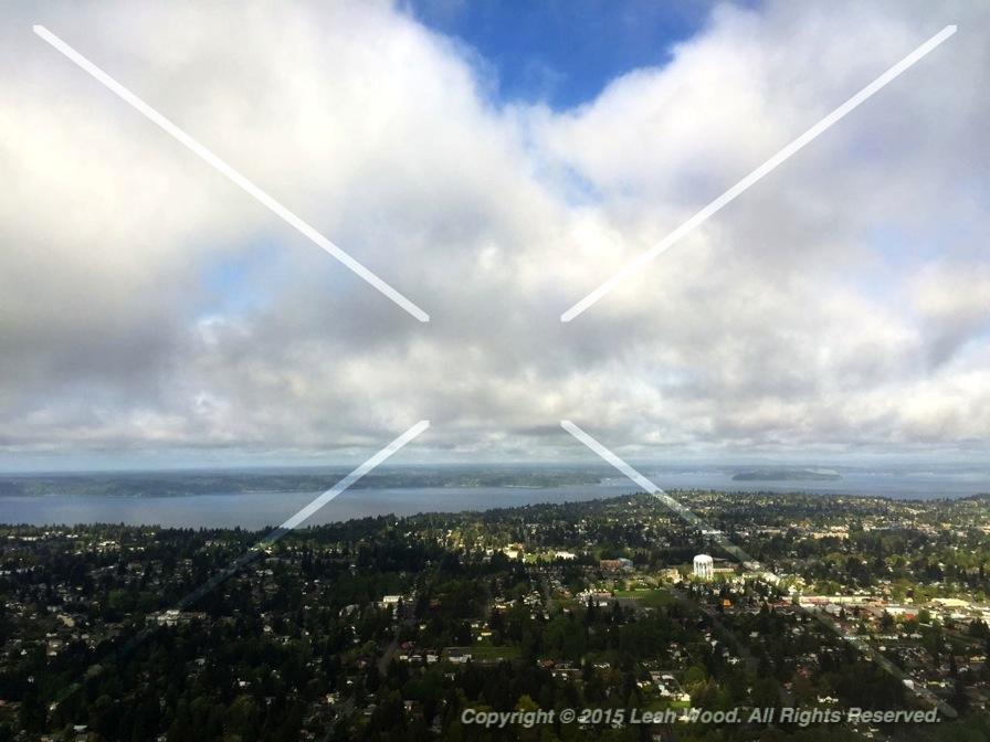 Alaska Airlines flight over Seattle